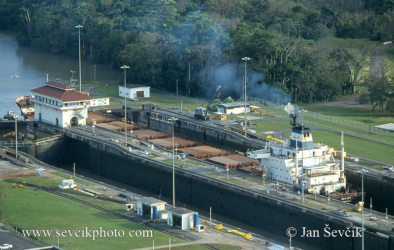 Photo of Panamský průplav Panama Canal  Kanal Miraflores Locks