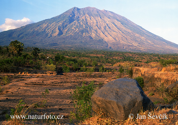 Photo of sopka Volcano Vulkan Gunung Agung